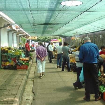the Santo da Serra market. Very nice, but quite a drive
