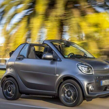 Rent a small car in Madeira. The smart fortwo, best convertible, is the ultimate choice for two.